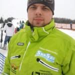 Grzegorz - narty jego trzymają się toru
